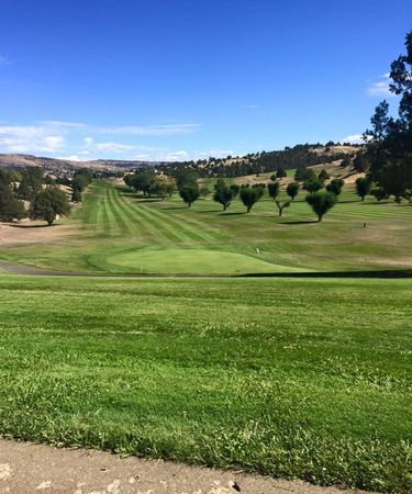 John Day Golf Club Cover Picture
