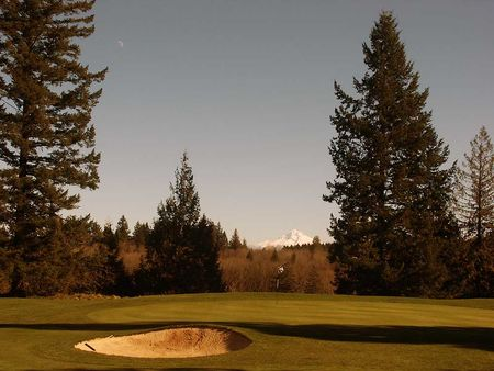 Oregon City Golf Club Cover