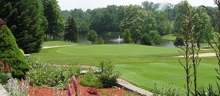 Overview of golf course named Alliance Country Club