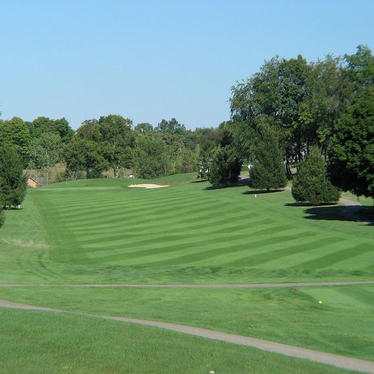 Apple valley golf club cover picture