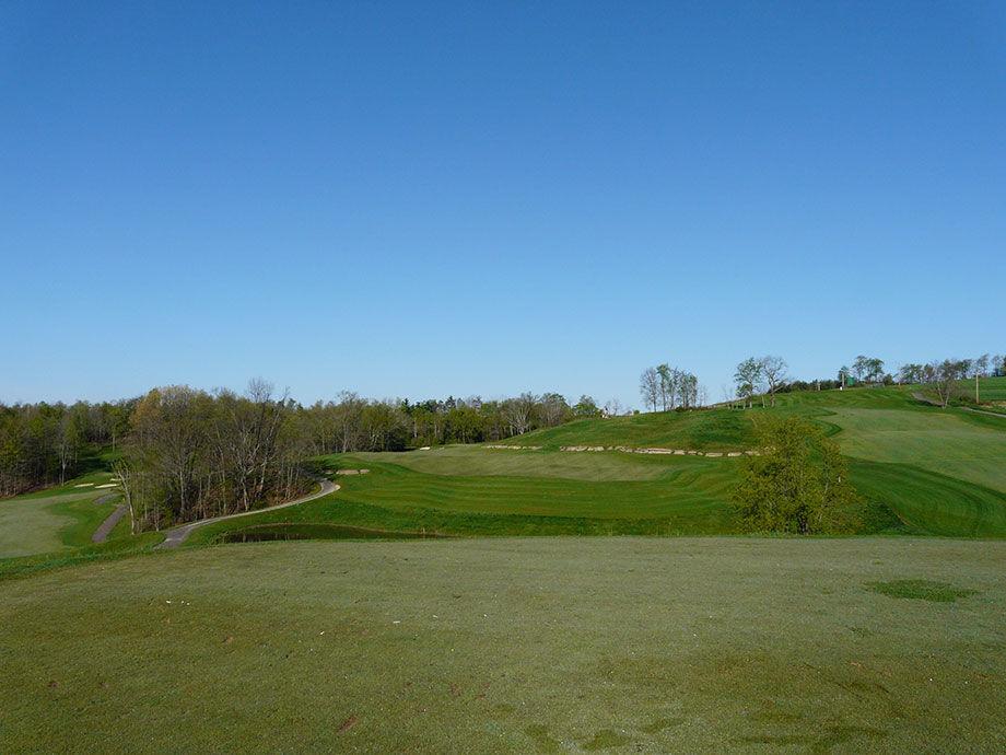 Black diamond golf course cover picture