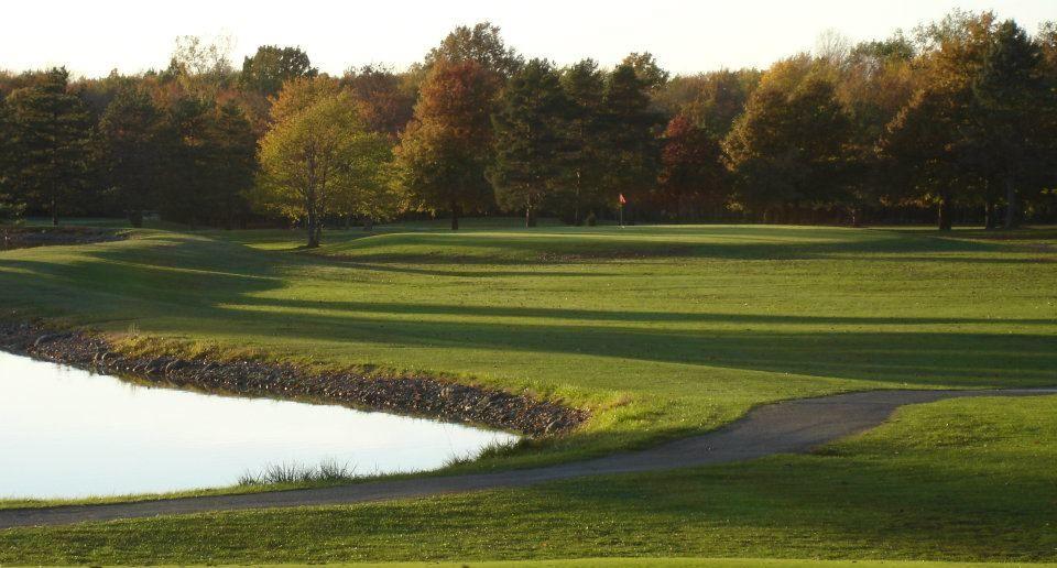 Royal Crest Golf Club