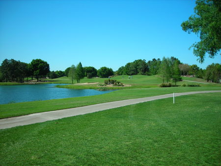 Royal Oaks Golf Club Cover Picture