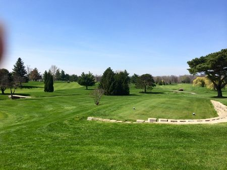 Overview of golf course named Wapakoneta Country Club