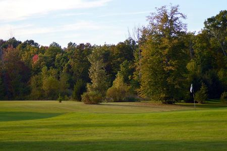 Overview of golf course named Maple Ridge Golf Course