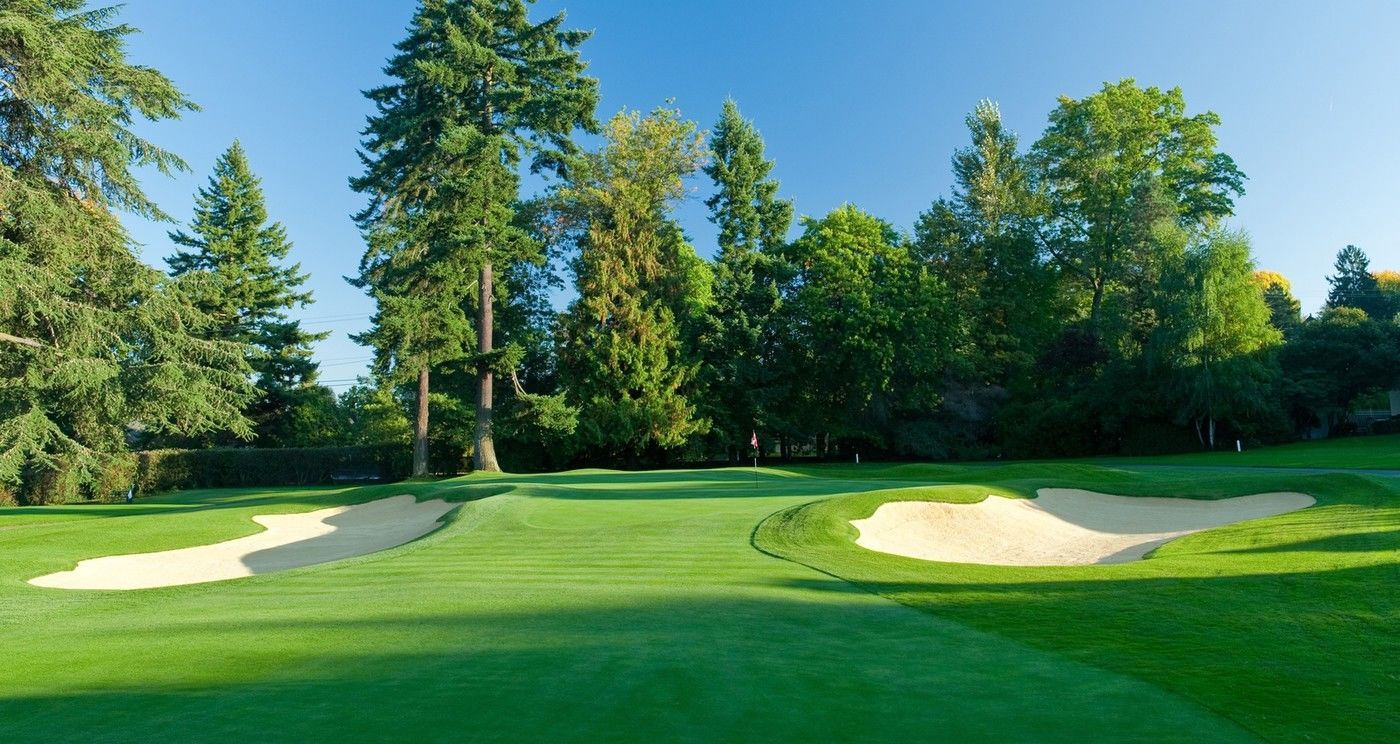 Broadmoor golf club cover picture