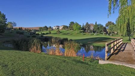 Canyon Lakes Golf Course Cover Picture
