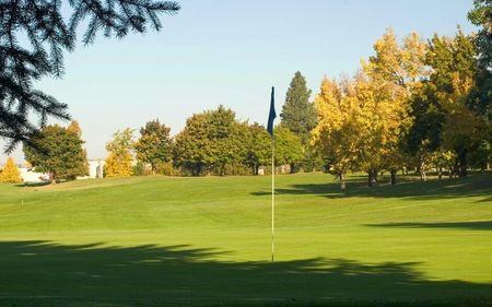 Esmeralda golf course cover picture