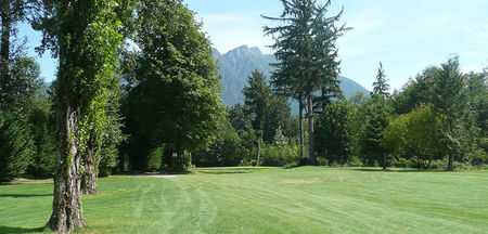 Mount Si Golf Course Cover Picture