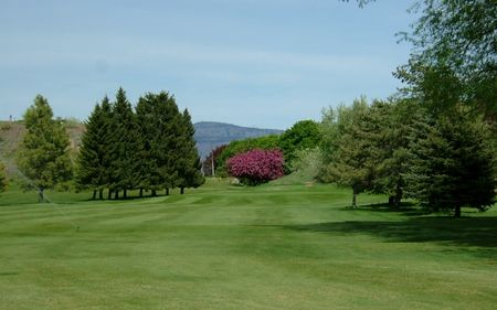 Okanogan valley golf club cover picture