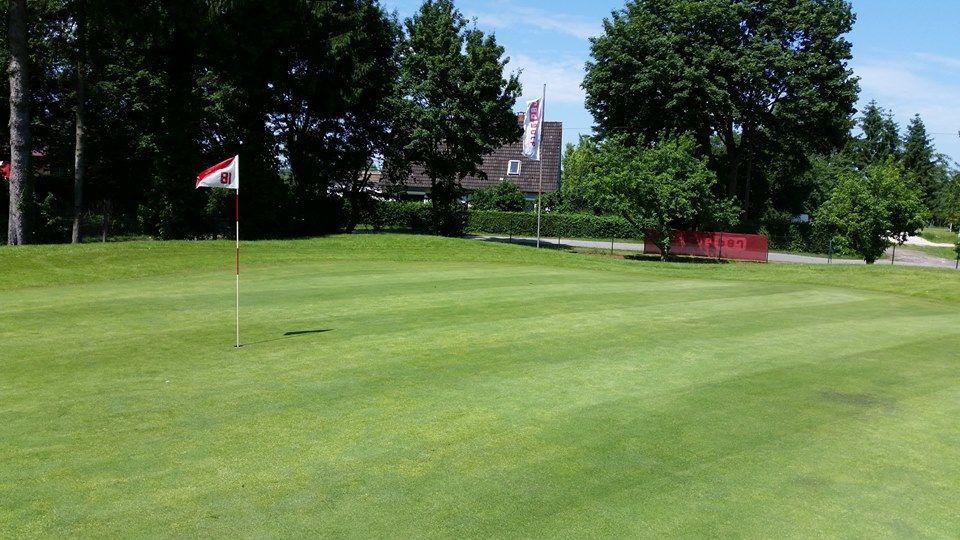 red golf moorfleet e v golf course all square golf. Black Bedroom Furniture Sets. Home Design Ideas