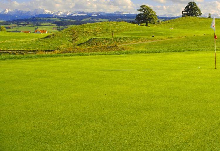 Golf club oberstaufen e v golf course all square golf for Hotel johanneshof oberstaufen