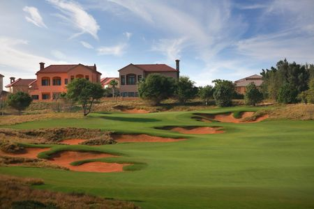 Overview of golf course named Jumeirah Golf Estates - Fire Course
