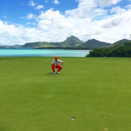Ile aux cerfs golf club julien tizot checkin picture