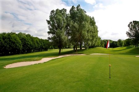 Golf and country club hoenshuis cover picture