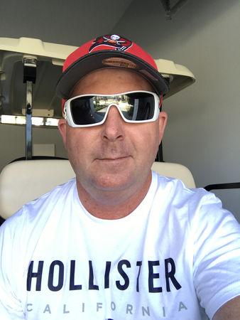 Avatar of golfer named Shane Lewis