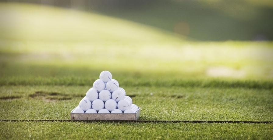 Cover of golf event named Stage de Pâques