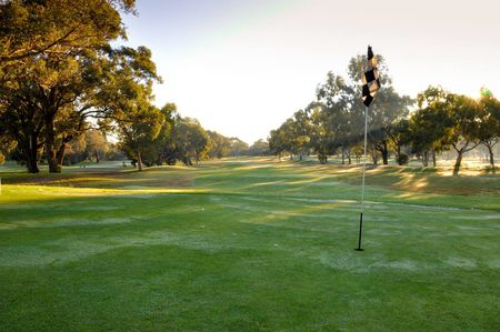 Hillview Golf Course Cover