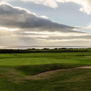 Llandudno maesdu golf club picture