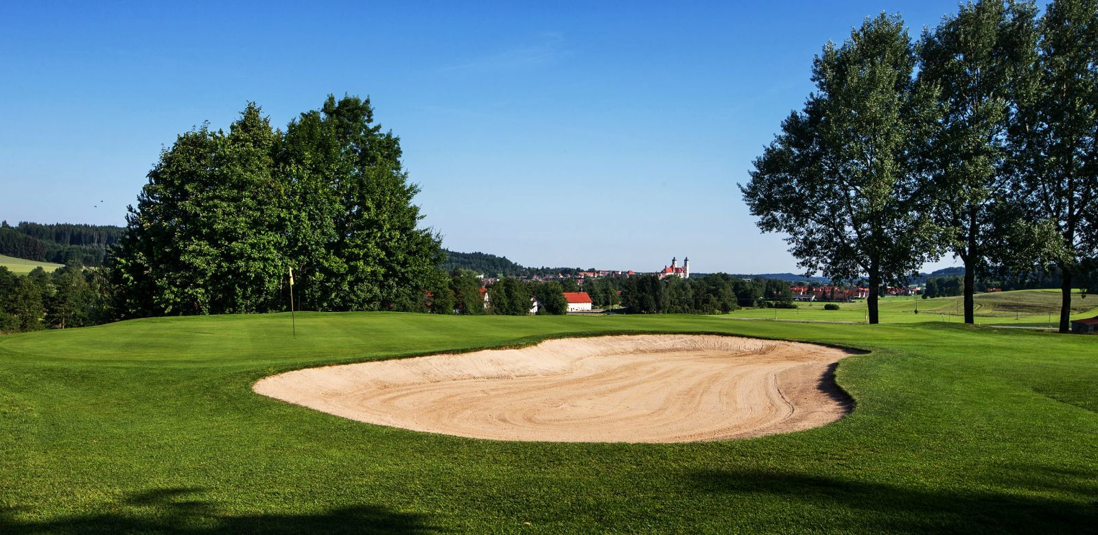 Allg uer golf und landclub cover picture