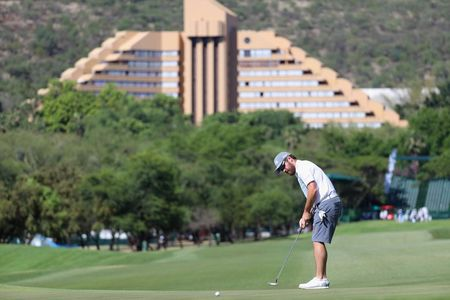 Gary player country club louis oosthuizen checkin picture
