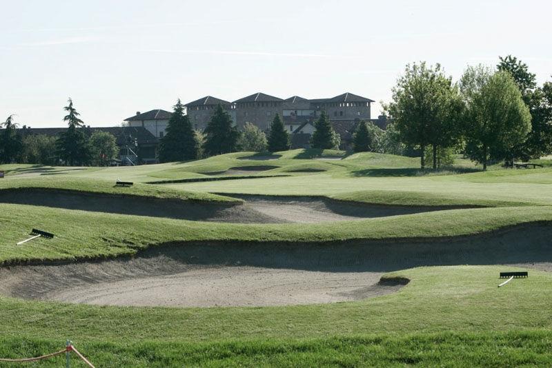 Castello di tolcinasco golf and country club cover picture