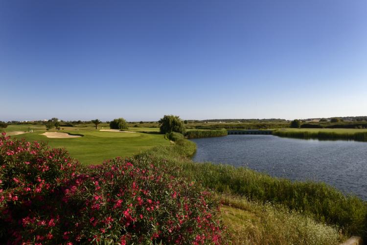 Dom pedro laguna golf course cover picture
