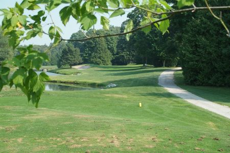 Overview of golf course named 4 Seasons Country Club