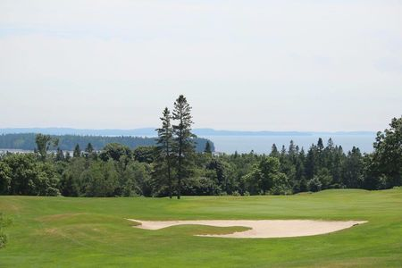 Overview of golf course named Algonquin Golf Course