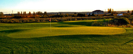 Birdies and Buckets Family Golf Centre Cover Picture