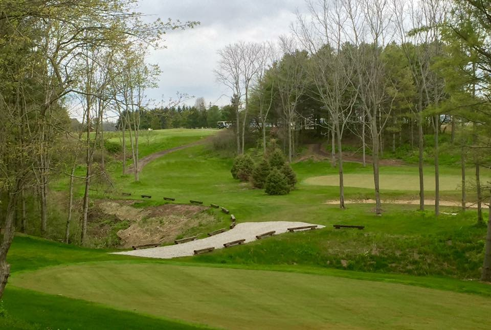 Bluffs golf club of port stanley cover picture