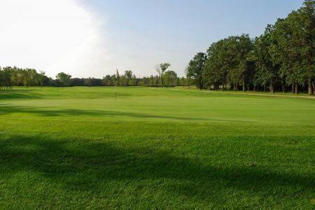 Breezy bend country club cover picture