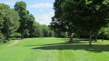 Overview of golf course named Briars Golf Club