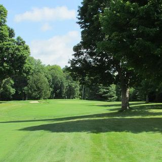 Briars golf club cover picture