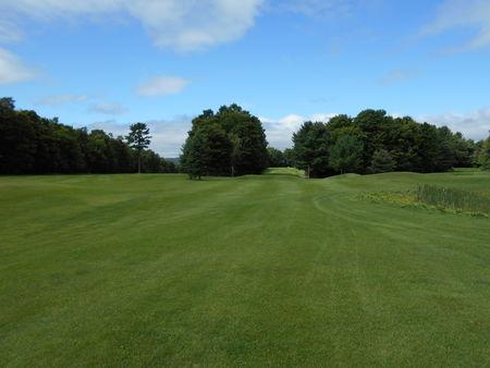 Club de Golf Des Pins Cover