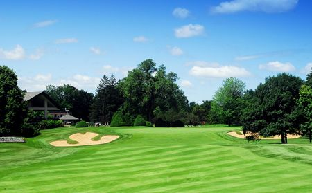 Club de golf islesmere cover picture