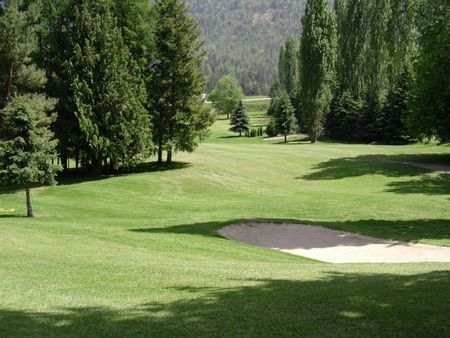 Club shuswap golf and r v cover picture
