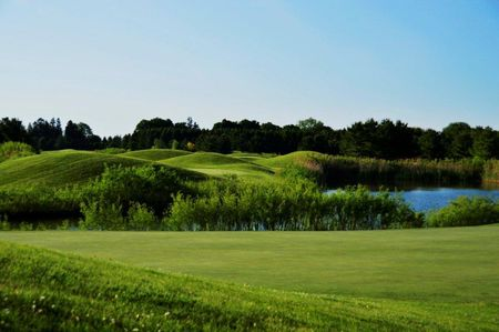 Deer Run Golf Course - Doe Cover Picture