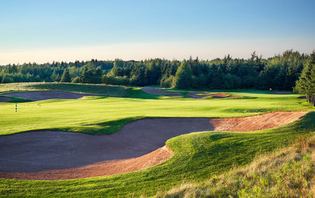 Dundarave golf course cover picture