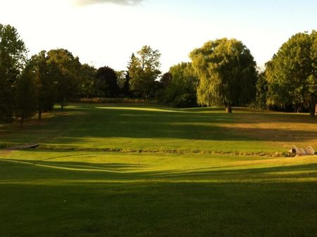Lynn Meadows Golf and Country Club Cover Picture