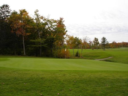 Maplewood golf and country club cover picture