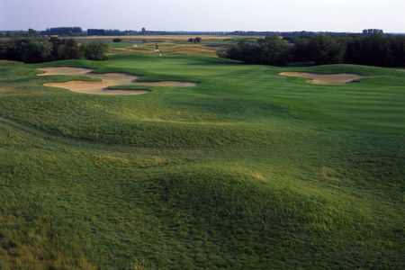 Overview of golf course named Moon Lake Golf and Country Club