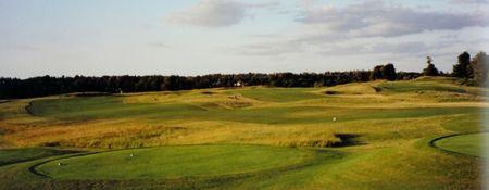 Muskoka Highlands Golf Course Cover