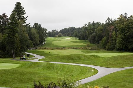 National pines golf club cover picture