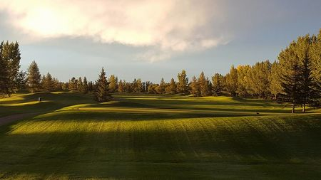Olds Central Highland Golf Club Cover Picture