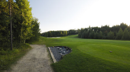 Pine Hills Golf Club Cover Picture