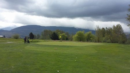 Royalwood golf club cover picture