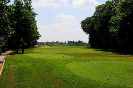Overview of golf course named Seven Lakes Golf Course