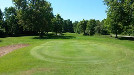 Sheffield Greens Golf Club Cover