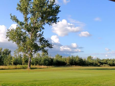 Simcoe Shores Golf and Country Club Cover Picture